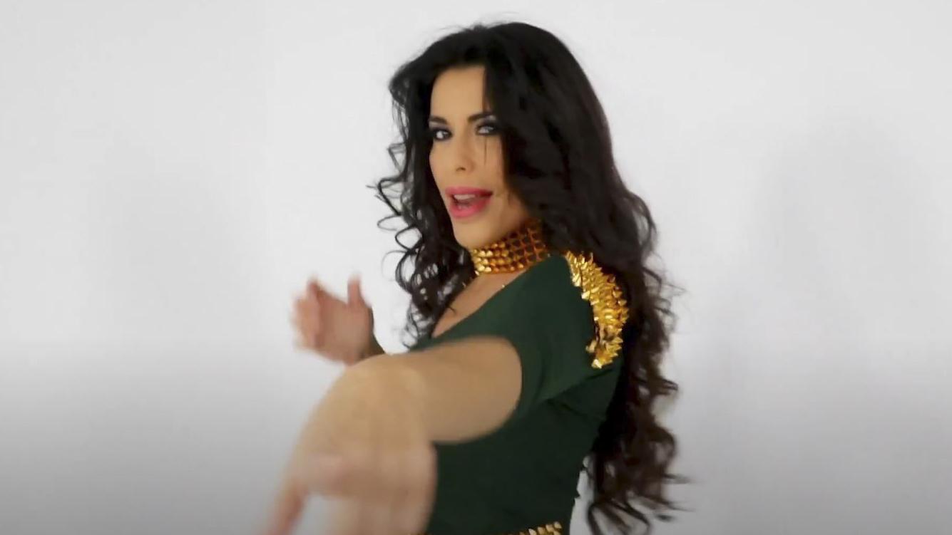 Selena-8